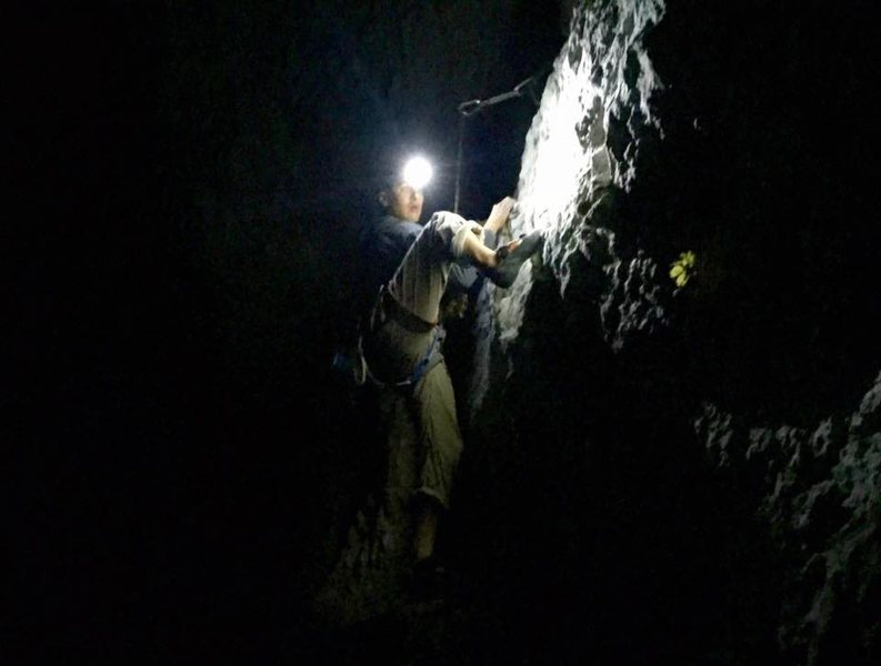 Night Climbing on Volk Heckmann 8