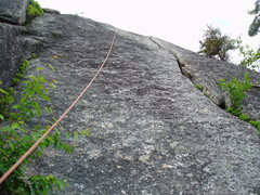 Rock Climbing Photo: Looking at the upper crack of P1 of Green Mile.