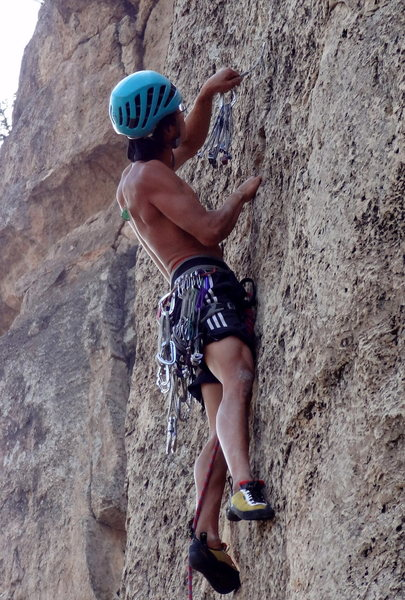 Andy Nguyen getting a tricky nut placement and keeping his shorts pee free (pic courtesy of Nathanial Goodman)