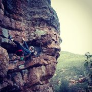 Rock Climbing Photo: Failing a 5.12 roof but getting an excellent pictu...