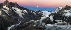 Rock Climbing Photo: Full Moon over Schreck Horn. View from Mittellegi ...