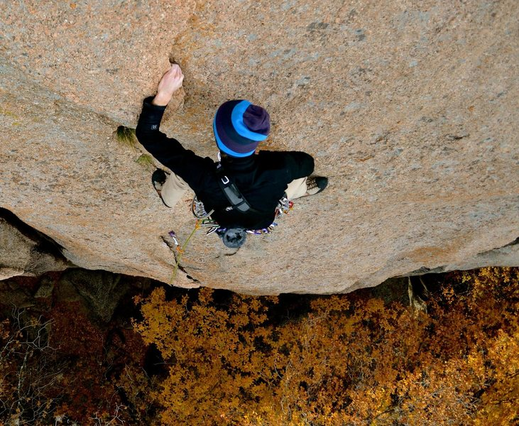Rock Climbing Photo: Preston Carter cruising Middle Crack.