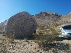 Rock Climbing Photo: Best Parking beta? 1/8 mile east of the quarry gat...