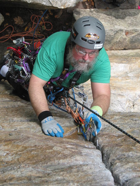"Adaptive paraclimber - put in gear every 6-12"" got 25 bomber placements in, next time I lose the top-rope and LEAD it - will make me second paraplegic I know of to lead climb...."