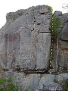 Rock Climbing Photo: Short corner crack with a slight degree of overhan...