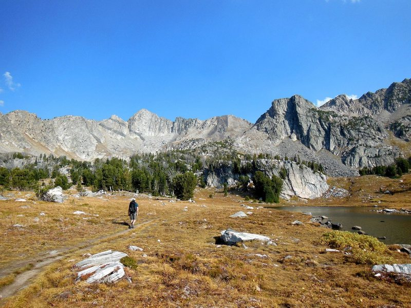 Rock Climbing Photo: Looking at the 3-4 Mile obvious approach to the ba...