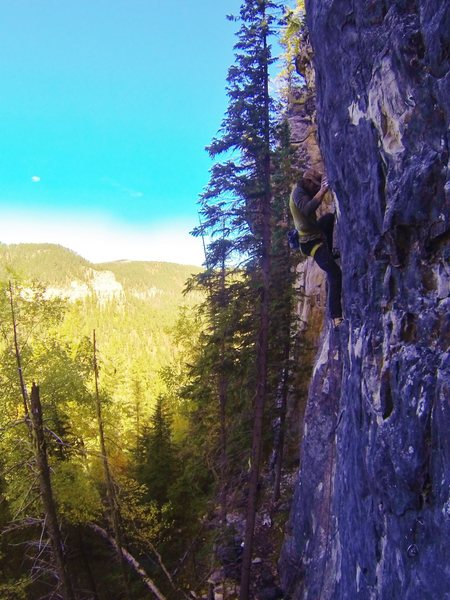 Rock Climbing Photo: Mark gets pounded by a pastry on Hit Er' with a Fr...