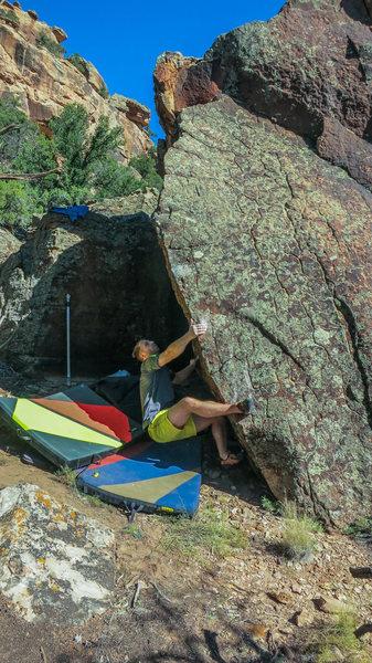 Rock Climbing Photo: Start beta of Vlad Vexer.  Photo by B. Edwards.