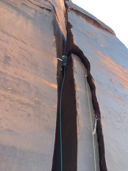 Rock Climbing Photo: Horizontal OW