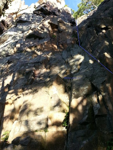 Rock Climbing Photo: Easy route to reach the top fast