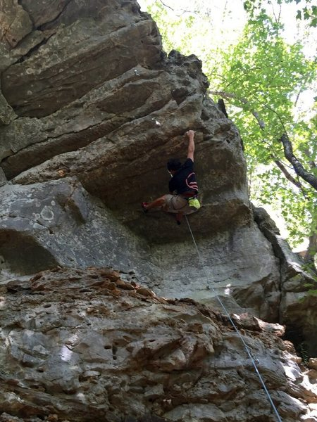 Trying to set up the odd foot beta to keep tension for the crux sequence
