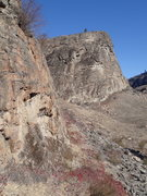 Rock Climbing Photo: SE Buttress of the Main Canyon from the south end ...