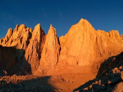 Rock Climbing Photo: Alpenglow on Day Needle, Keeler Needle, and Mt Whi...