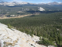 Rock Climbing Photo: As you descend, aim for the solitary, ~20' tree t...