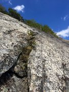 Rock Climbing Photo: P4 Easy crack/flake above bush/tree ledge