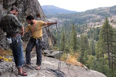 Rock Climbing Photo: Rope Management