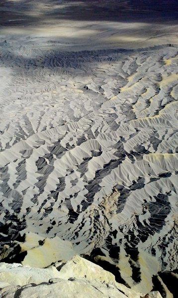 Bentonite fractals.
