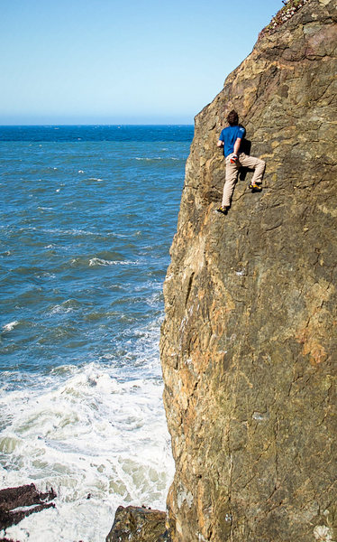 Terete Arete. The position of this route is very exciting with the waves, wind, and great scenery.