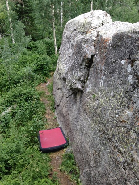 Rock Climbing Photo: East face of Moose boulder