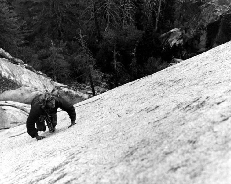 Alan Bartlett on <em>Ten Karat Gold</em> (5.10a R), Suicide Rock<br> <br> Photo by Robs Muir