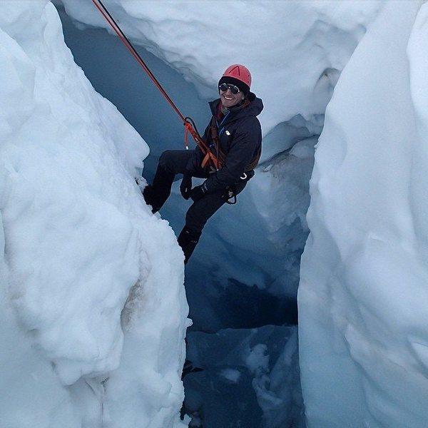 Glacier rescue near Mt Baker