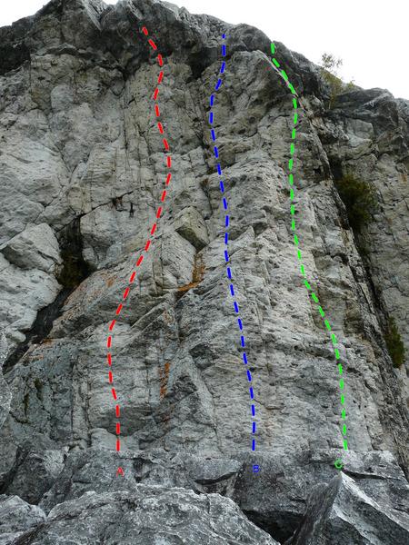 Rock Climbing Photo: A- Attache ta tuque 5.10d B- La renversée 5.9+ C-...