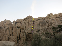 Rock Climbing Photo: Hot Crystals goes up the obvious 2 crack system ju...
