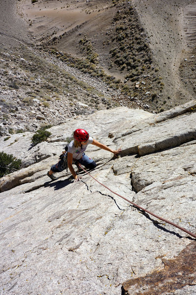 Rock Climbing Photo: Approaching the anchor on 'Blue Collar'