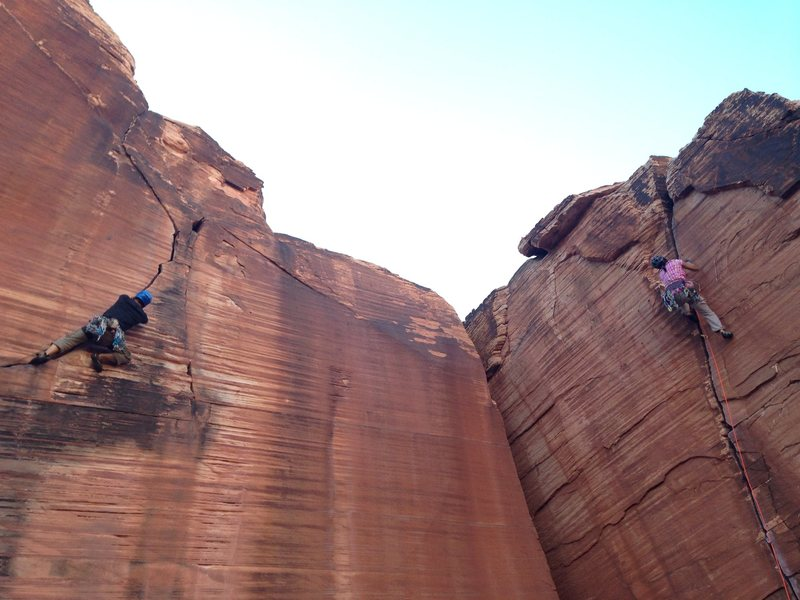 Rock Climbing Photo: Joe styling on the stout onsight. Atman on the rig...