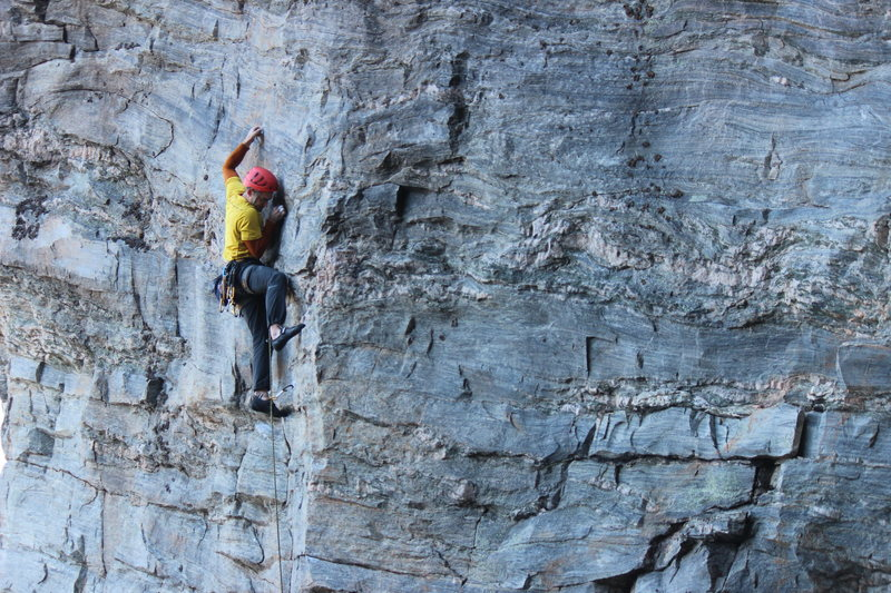 Rock Climbing Photo: Greg Loomis on the opening face moves of Underdog