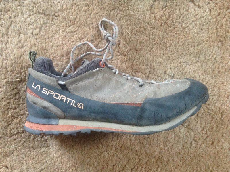 Approach shoe