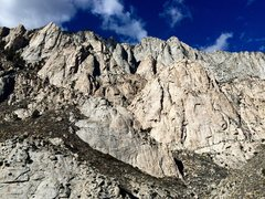 Rock Climbing Photo: Mayfield Canyon Towers (aka the Pink Band). Hot Tu...