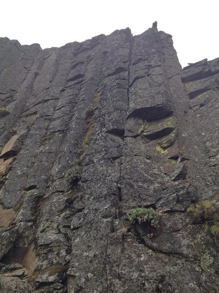 Rock Climbing Photo: few of the middle columns