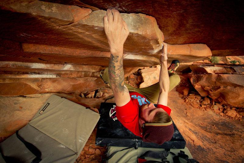 Rock Climbing Photo: Tickle Pickle v3/4 Seen Here: Eric Hunter Photo Cr...