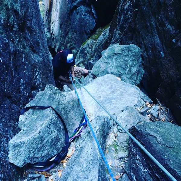 Rock Climbing Photo: Rap anchor rock. Smaller than it appears. Use the ...