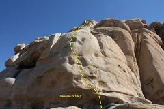 Rock Climbing Photo: Slim Jim (5.10c), Joshua Tree NP