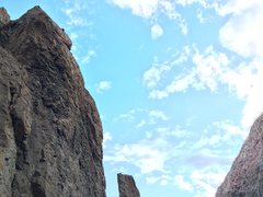 Rock Climbing Photo: halfway into P2 on Don't Look Up