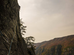 Rock Climbing Photo: P3 - pulling through the bulge