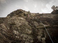 Rock Climbing Photo: P4 - to climber's right is a plumb line up the hea...