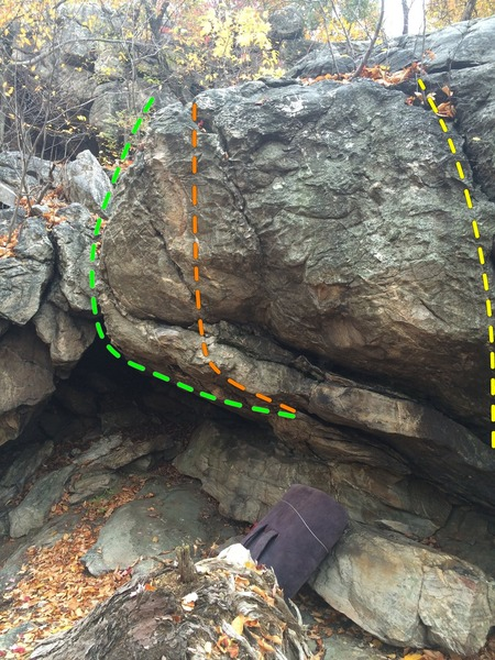 Rock Climbing Photo: Left's Last Stand (green), Bulge Tour(orange), Ear...