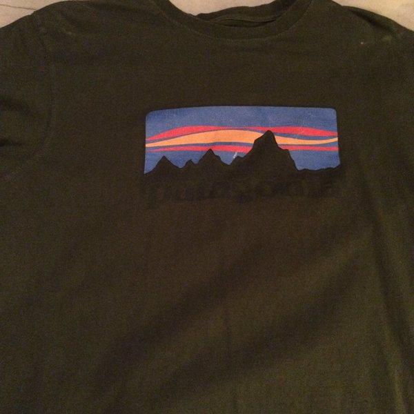 Rock Climbing Photo: Patagonia shirt Med