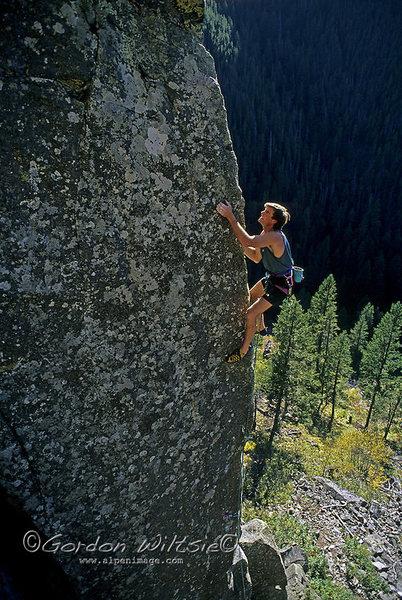 Rock Climbing Photo: Alex Lowe crushing Cardiac Arete
