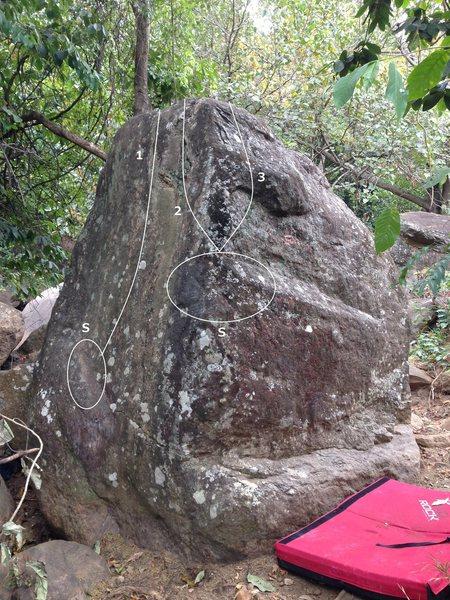 Rock Climbing Photo: East face of Fruits Cake Boulder.