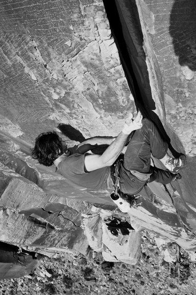 Rock Climbing Photo: Shaun Reed pulling the lip on his route Fist of Fu...