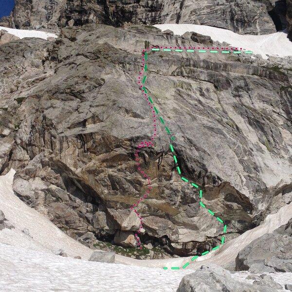 Rock Climbing Photo: Middle Teton Cave Route