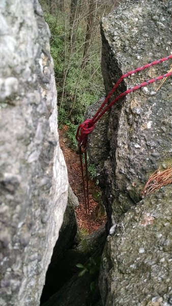 Rock Climbing Photo: Set up from the Monkey's Fist bolts, just drop the...