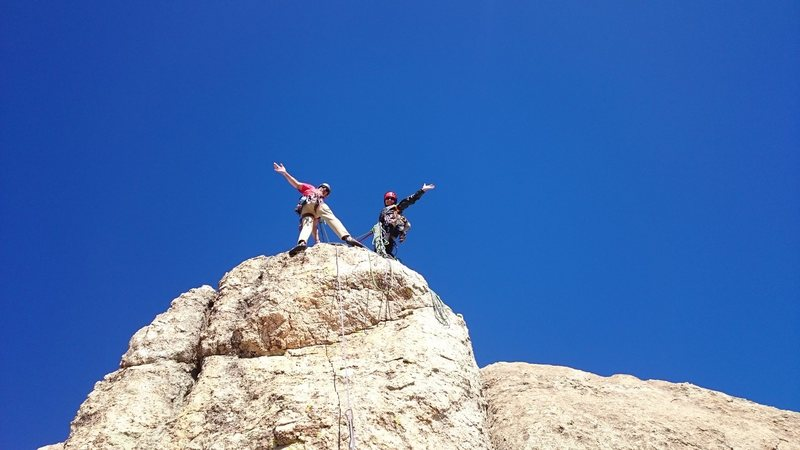 Rock Climbing Photo: The belay at the top of the third pitch. The last ...