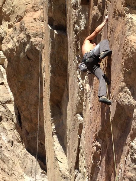 Rock Climbing Photo: Alan throwing a warm up lap