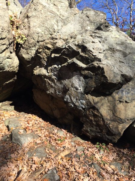 Rock Climbing Photo: Right face at first entrance.