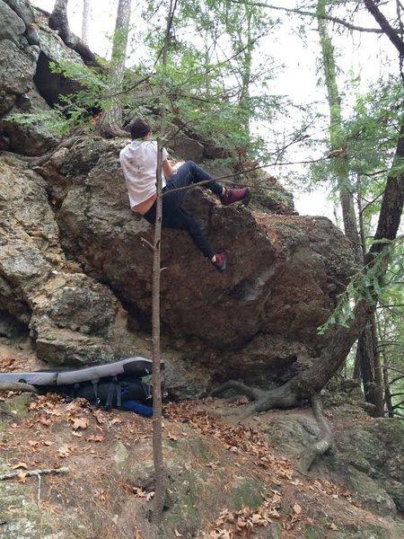 Rock Climbing Photo: Mantling Rubbish.